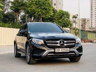 Bán Mercedes GLC-Class năm sản xuất 2018, màu đen còn mới