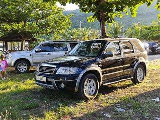 Cần bán gấp Ford Escape XLT 3.0 AT năm 2004, màu đen còn mới