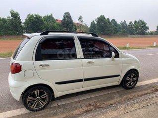 Cần bán gấp Daewoo Matiz năm sản xuất 2004, màu trắng, 75 triệu