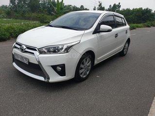 Cần bán Toyota Yaris đời 2015, màu trắng, nhập khẩu chính chủ
