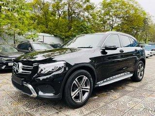Cần bán lại xe Mercedes GLC200 sản xuất 2018, màu đen