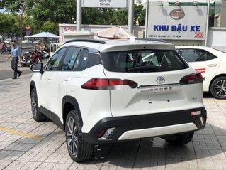 Bán ô tô Toyota Corolla Cross 2021, màu trắng, xe nhập giá cạnh tranh