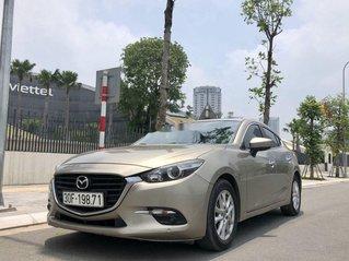 Bán Mazda 3 đời 2018 còn mới, màu nâu vàng