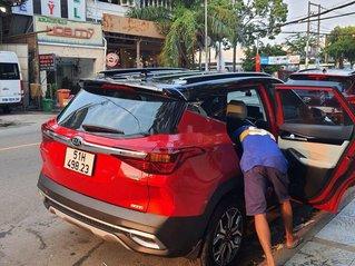 Cần bán lại xe Kia Seltos đời 2020, màu đỏ chính chủ, giá tốt