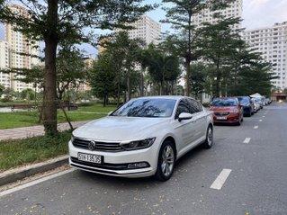 (Xe chính hãng) - 1 xe Passat Bluemotion màu trắng độ độc nhất Sài Gòn - Biển số đẹp