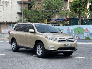 Bán nhanh xe Toyota Highlander sản xuất 2011, xe chính chủ đi êm, đẹp, giữ gìn