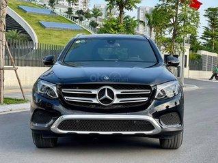 Bán gấp Mercedes GLC 200 năm 2019, xe đẹp như mới, chính chủ đi giữ gìn
