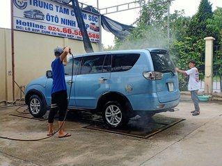 Cần bán xe Mitsubishi Zinger năm sản xuất 2009, màu xanh lam, nhập khẩu xe gia đình