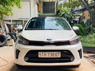Giá 369tr sở hữu ngay em Kia Soluto đời 2019, màu trắng