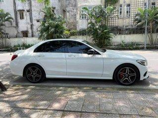 Bán Mercedes sản xuất năm 2015, màu trắng