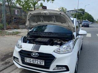 Cần bán gấp Hyundai Grand i10, năm sản xuất 2018 màu trắng sơn zin