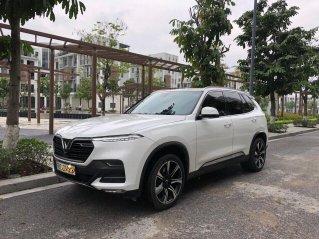 Chính chủ bán ngay VinFast LUX SA2.0 năm 2019 xe nguyên bản, giá cực rẻ