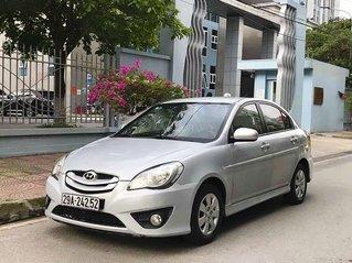 Bán Hyundai Verna sản xuất 2010, màu bạc, xe nhập còn mới