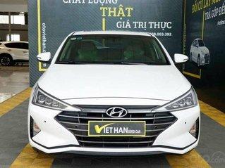 Xe Hyundai Elantra năm 2019, màu trắng như mới giá cạnh tranh 638tr
