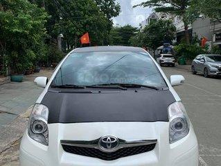 Cần bán lại xe Toyota Yaris năm 2012, màu trắng giá cạnh tranh