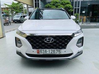 Bán xe Hyundai Santa Fe năm sản xuất 2019, xe màu trắng, cực đẹp, KM chuẩn, có trả góp