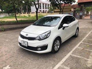 Cần bán gấp Kia Rio năm sản xuất 2017, màu trắng, nhập khẩu