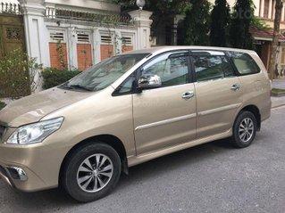 Bán Toyota Innova đời 2015, màu vàng