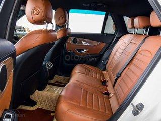 Cần bán Mercedes GLC 250 năm 2016, màu trắng, nhập khẩu