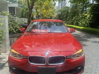 Bán xe BMW 320i sản xuất 2019, màu đỏ, xe nhập