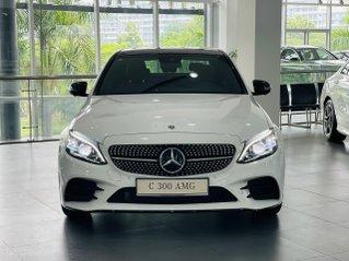 Mercedes Benz C300 AMG 2021, xe đủ màu giao ngay