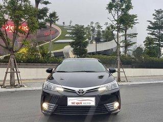 Cần bán lại xe Toyota Corolla Altis năm 2019, màu đen, giá tốt