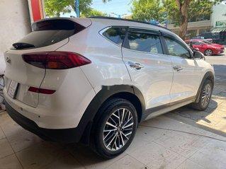 Bán xe Hyundai Tucson 2019, màu trắng, 820tr