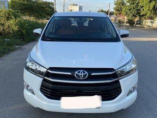 Bán Toyota Innova 2.0 E đời 2018, màu trắng, giá 575tr