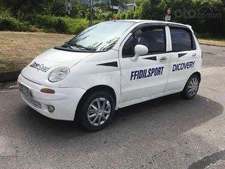 Cần bán Daewoo Matiz 0.8 MT sản xuất năm 2001, màu trắng