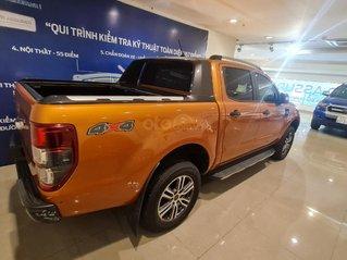 Cần bán gấp Ford Ranger Wildtrak Biturbo màu cam 2020