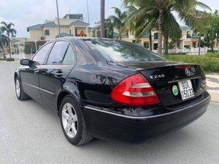 Bán Mercedes E240 2004 giá 220 triệu, màu đen, giá tốt số 1 thị trường