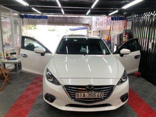 Bán Mazda 3 sản xuất 2017, màu trắng còn mới, giá tốt