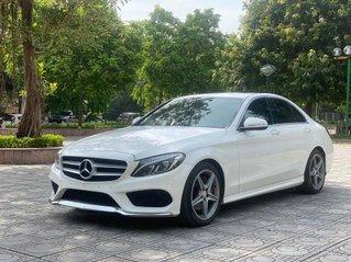 Cần bán xe Mercedes-Benz C250 AMG 2015 trắng, nội thất đen