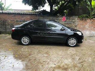 Bán Toyota Vios năm 2011, màu đen còn mới, giá 350tr
