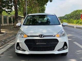 Cần bán lại xe Hyundai Grand i10 năm 2018, màu trắng