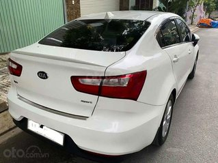 Cần bán lại xe Kia Rio đời 2016, màu trắng, xe nhập chính chủ