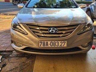 Bán Hyundai Sonata năm sản xuất 2012, màu bạc, nhập khẩu nguyên chiếc còn mới