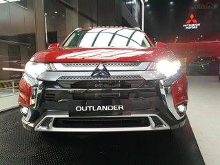 Mitsubishi Outlander 2.0 CVT Premium tặng ngay 40 triệu tiền mặt và máy lọc khí Panasonic NanoE