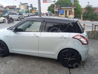 Cần bán lại xe Suzuki Swift 2016, màu trắng