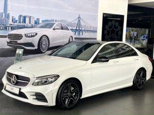 Mercedes C300 AMG thể thao mạnh mẽ - trả trước 620 triệu nhận xe - ưu đãi khủng và quà tặng bất ngờ