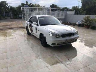Cần bán gấp Daewoo Nubira năm 2001, màu trắng