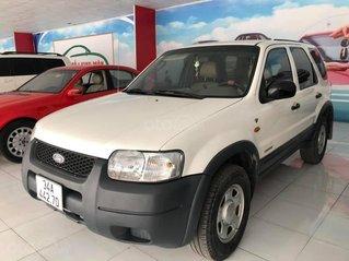 Cần bán lại xe Ford Escape 2002, màu trắng, giá tốt 125tr