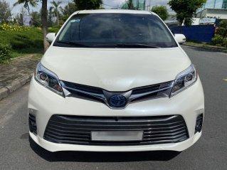 Bán Toyota Sienna Limited 3.5 AT đăng ký lần đầu 2018