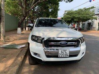 Cần bán gấp Ford Ranger năm 2017, màu trắng, nhập khẩu