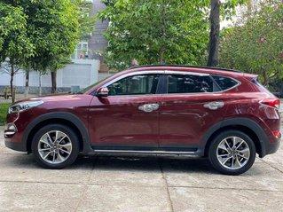 Cần bán gấp Hyundai Tucson đời 2018, màu đỏ còn mới