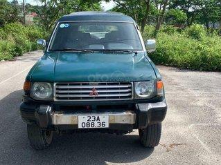 Bán Mitsubishi Pajero 1997, màu xanh số sàn, giá chỉ 112 triệu