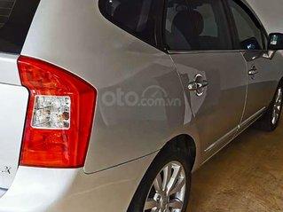 Bán ô tô Kia Carens LX 1.6 MT sản xuất 2011, màu bạc giá cạnh tranh