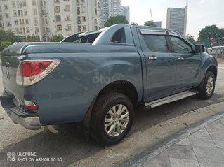 Xe Mazda BT 50 2014, màu xanh lam số tự động