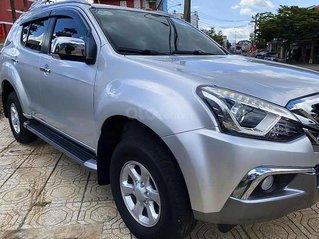 Cần bán gấp Isuzu mu-X 1.9 4X2 MT đời 2019, màu bạc, xe nhập giá cạnh tranh