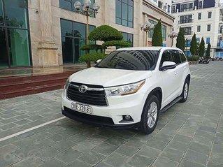 Cần bán gấp Toyota Highlander sản xuất 2016, màu trắng, nhập khẩu